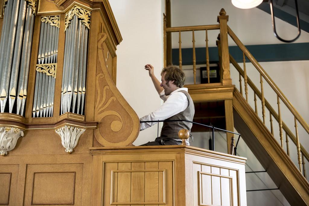 Frank Nicolas playing the Church Organ