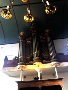 Frank Nicolas at the organ